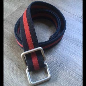 GAP ▪️Striped Canvas Belt